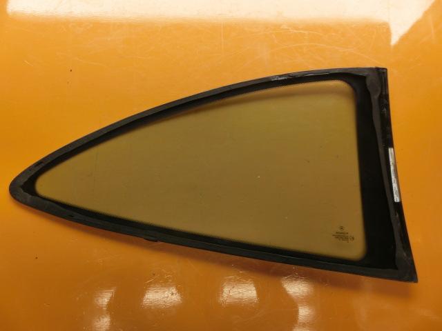 CLK200 平成13年 GF-208344 左 クォーターガラス ベンツ W208 CLK240 CLK320 リアガラス k_画像2