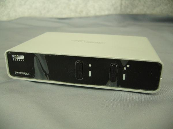 ★サンワサプライ パソコン自動切替器(2:1) SW-KVM2LU★中古現状★_画像1