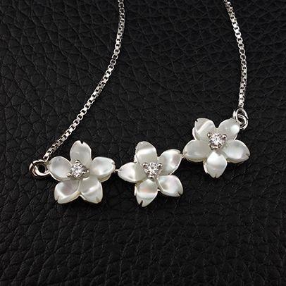 新品 桜 さくら 花モチーフ CZダイヤモンド 白蝶貝 ネックレス_画像1