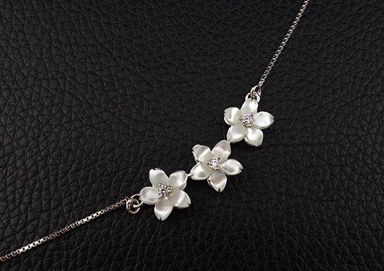 新品 桜 さくら 花モチーフ CZダイヤモンド 白蝶貝 ネックレス_画像6