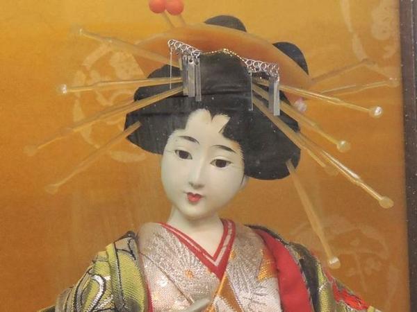 ※同梱不可※日本人形◇寿光作 おいらん 花魁▼ケース 付き 29G_画像2