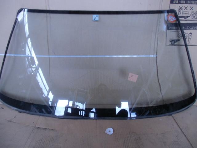 グロリアバン V 純正フロントガラス M194 T-VY30 平成4年    m_画像1