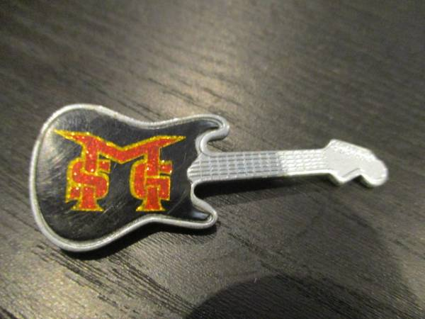 MSG メタルピンバッジ guitar shaped Michael Schenker Group