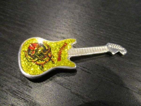 MOTORHEAD メタルピンバッジ guitar shaped 黄 ヴィンテージ