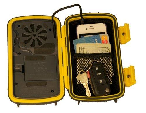 GraceDigital社 EcoExtreme 防水スピーカーケース(黄) 並行輸入_収納例