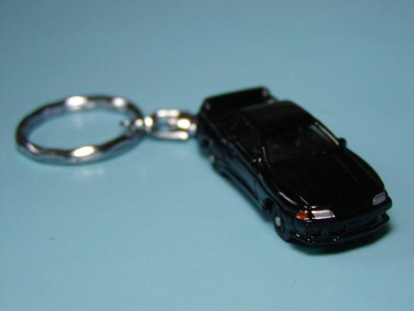 キーホルダー 日産 スカイライン GT-R ブラック R32 ミニカー ダイキャスト マスコット アクセサリー_画像1