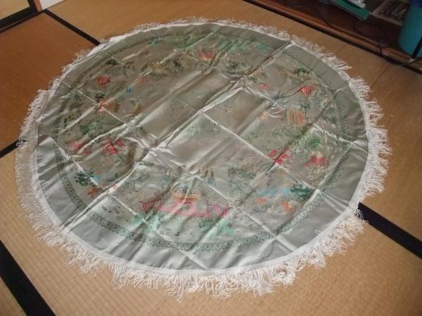 中国製刺繍 シルク 円形テーブルクロス 直径140cm 送料無料