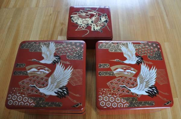正月 おせち料理 重箱 弁当箱 鶴 扇 寿 祝 プレゼント_おめでたい柄です。