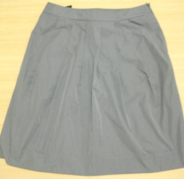 f9 DKNY/ダナキャラン グレーのナイロンプリーツスカート 4_画像1