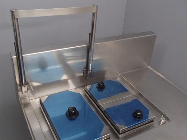 04-1022 中古品 タニコー 電気湯せん器 特注品SUS304 業務用 ステンレス 湯煎機 3相200V 温める 湯がき 槽 湯せん 麺 うどん そば 電気式_画像3