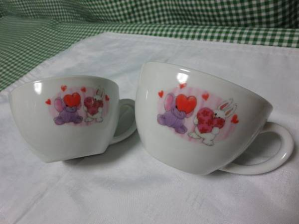 KFC Suzie Zoo Mug 2 pieces set 2012