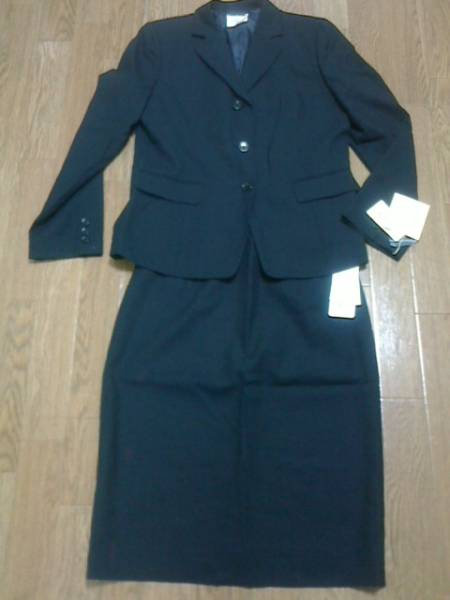 アリスバーリー スーツ 黒 入学式 タグ付新品 大きいサイズ_画像3
