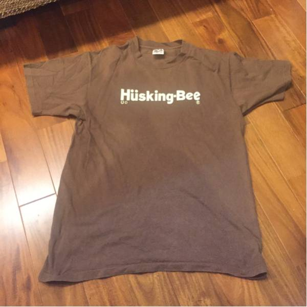 ハスキングビー サイン入り Tシャツ
