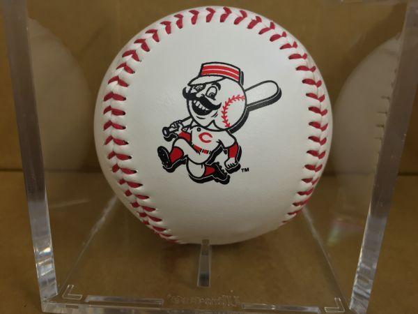 k6)MLB2008年 シンシナティ・レッズロゴボール ケース付