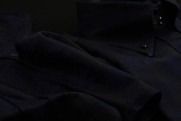 ★イタリア花柄シャツ DANROMA ドゥエボットーニERCOLE_NAVY セクシーに花柄黒くネイビー・・・♬~ L 42-93_画像1