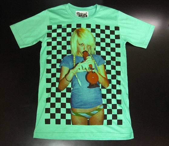 新品/マリファナ?水パイプを吸う女Tシャツ緑MLXLカンナビス(6)