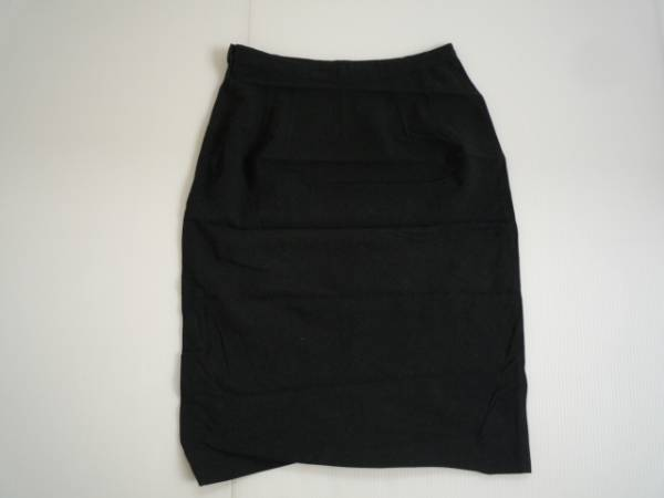 【お買い得!】 ● STRAWBERRY-FIELDS ● 台形スカート 濃グレー 膝丈 2_画像2