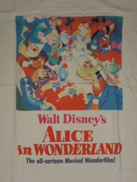 新品 ディズニー 限定 コラボ tシャツ 不思議の国のアリス ディズニーグッズの画像