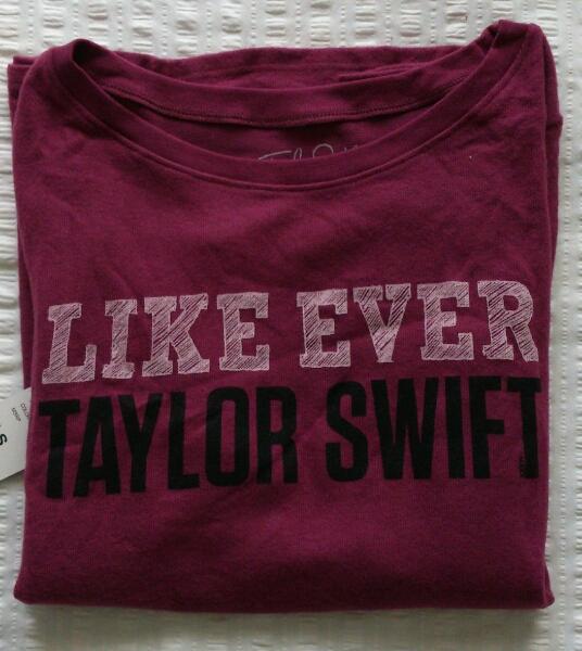 テイラー・スウィフト(Taylor Swift)【Tシャツ・S】タグ付