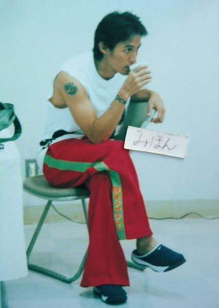 ★超レア★切手可★B'zのパンフ写真集LIVE-GYM 2001 ELEVEN稲葉