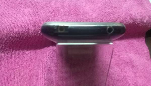 ☆ i Phone 3GS/16GB★モデルA1303・ブラック ☆_画像2