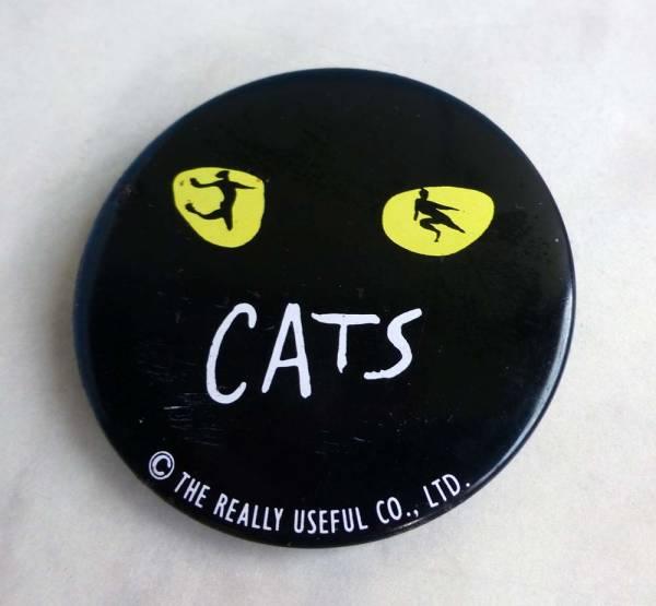 昔古CATSキャッツ缶バッチ版権有ブリキ金属ミュージカル非売品?こんなの付けてお洒落しましょう♪