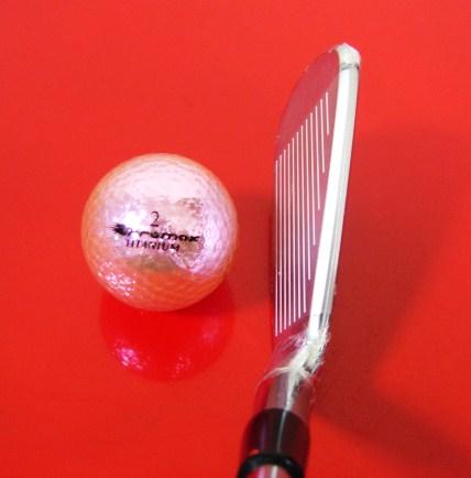 ゴルフを上手にする名器はオレンジ色がビビッドで精悍で端整でカッコイイ!何故か明石家さんま氏も絶賛していたコブラ(PUMA)AMP8本組が◎_シャープな顔が良い球を出す予感がするのよ