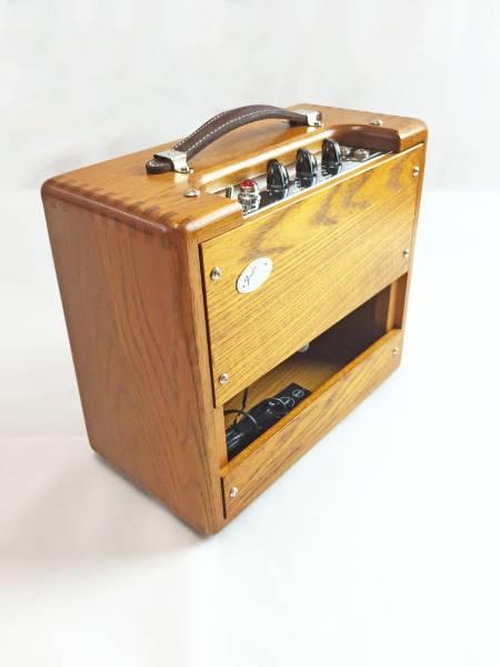 奇跡の未使用品 当時限定品 Fender Wood Champ コレクター必見!