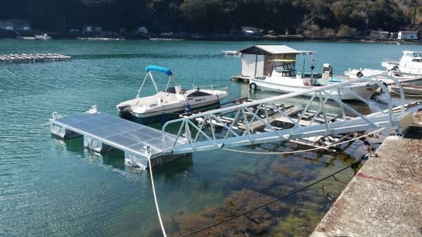 「モーターボート ヨット用簡易浮き桟橋 検)ポンツーン 台船 筏」の画像1