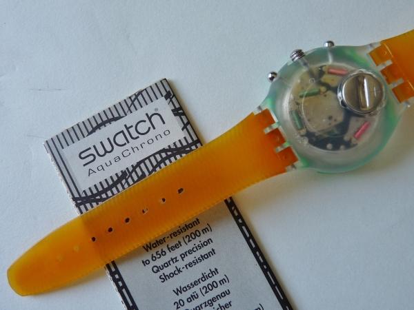 未使用 スウォッチ Swatch 94年アクアクロノ 緑/橙 電池交換済_裏面もとても綺麗です