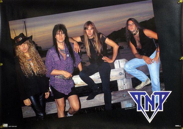 TNT B2ポスター (2E003)