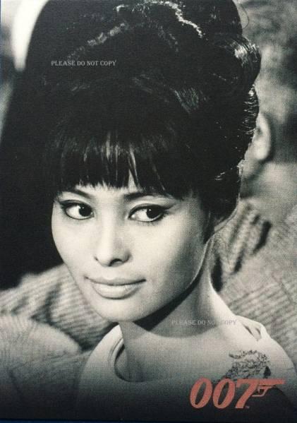 1967年 007は二度死ぬ 浜美枝 若林映子 カリン・ドール フォト 3枚付き