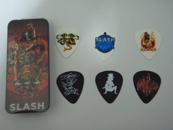 SLASH スラッシュ ギターピック 缶入りセット(別バージョン)