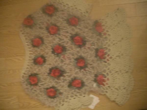 即決☆ お花 薔薇 編込み 裾 フリル ガーリー ニット ♪ プルオーバー ベージュ 系 ♪ お花 ♪バラ♪ フラワー ♪_画像2