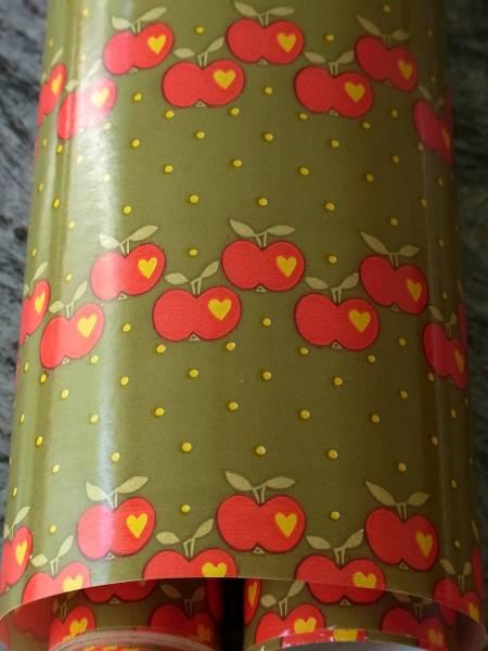 値下げ!スイス製 ヴィンテージ&レトロ ワックスペーパー 包装紙 リンゴプリント (グラジエラ風、Graziela )_延長の場合は1枚紙になります。