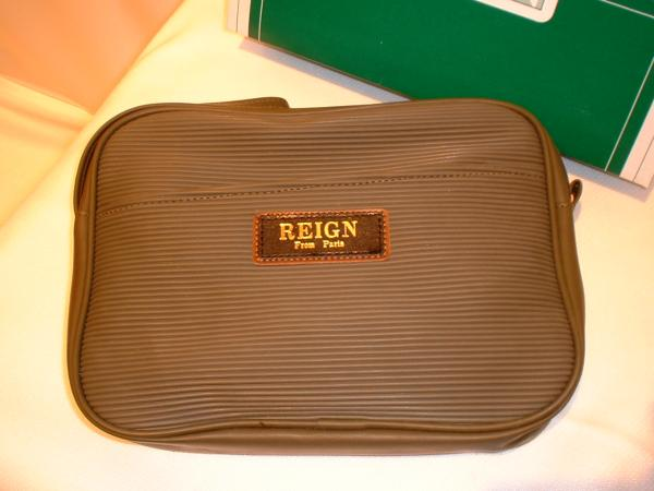 REIGN FROM PARIS ポーチ&化粧バック 新品_化粧品や薬入れに便利です