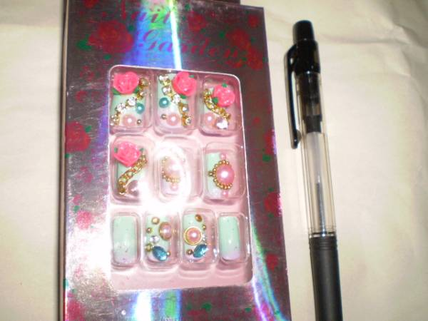 新品 ネイルチップ shizuka takemoto 付け爪 薔薇 花宝 石 激安_画像3