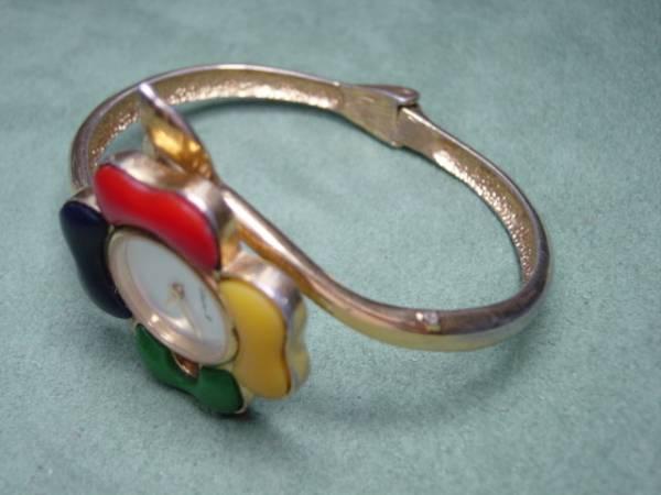 珍品 デザイン CHRISTINE 、B 女性用腕時計 ブレスレッド型_画像2