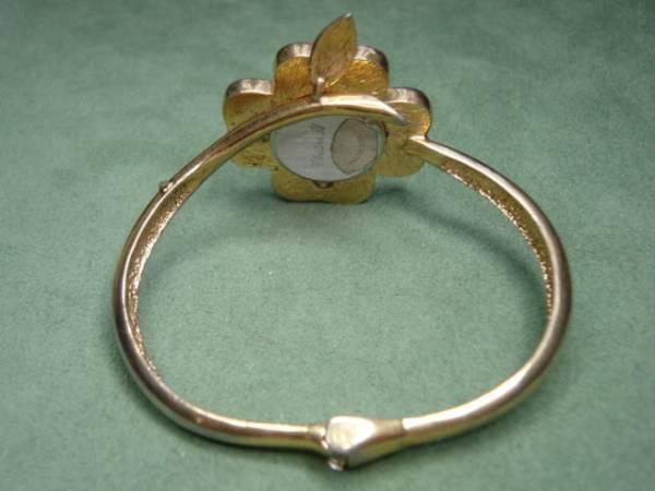 珍品 デザイン CHRISTINE 、B 女性用腕時計 ブレスレッド型_画像3