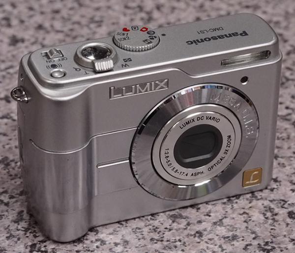 パナソニック デジタルカメラ LUMIX DMC-LS1 電源入らず
