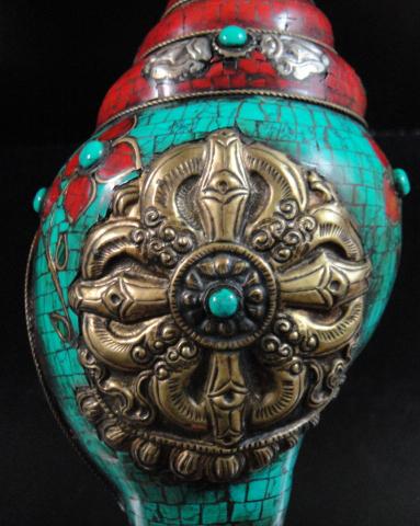 ◆チベット密教法具 法螺貝(シャンカ)羯磨(カツマ)