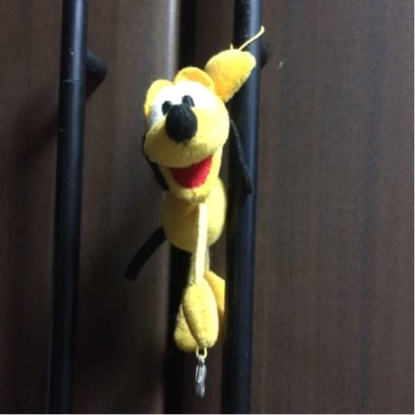 ディズニー プルート 人形 ストラップ キーチェーン ディズニーグッズの画像