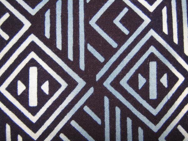 古布 半衿【綿/幾何学模様 藍地】はぎれ つまみ細工吊し飾り市松人形 ハンドメイド手作り長襦袢_画像2