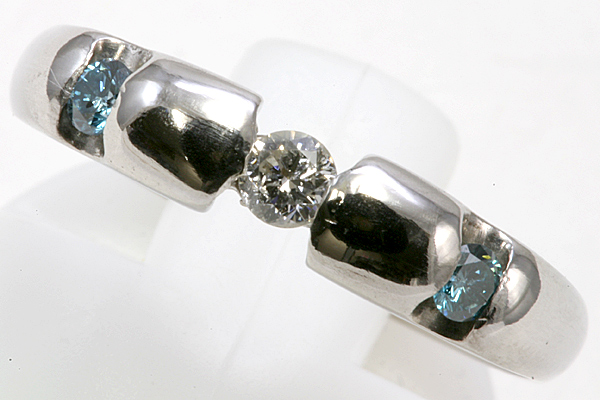 プラチナ ブルーダイヤ リング 5.3g ダイヤ【ar385】_画像1