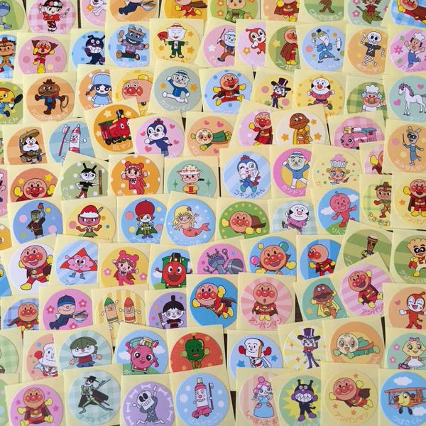 ☆アンパンマン サブキャラ大集合! 100枚 全柄ちがい おすそ分け です