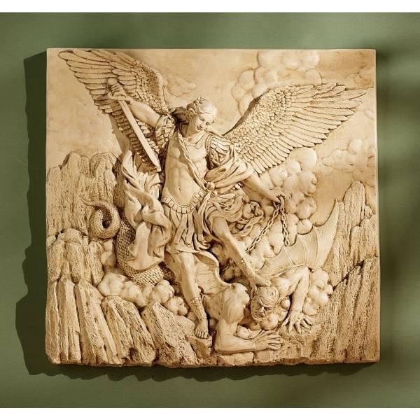 悪魔を倒す天使 壁掛け装飾レリーフキリスト教美術サタンを踏む大天使ミカエルアークエンジェル壁飾りインテリア置物西洋彫刻洋風オブジェ_色が2枚目画像に変更になりました