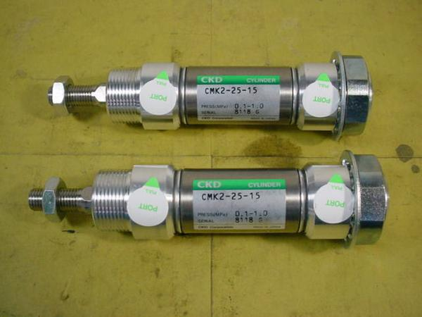 CKD エアーシリンダー CMK2-25-15*2本組 中古品 シリンダーK_画像1