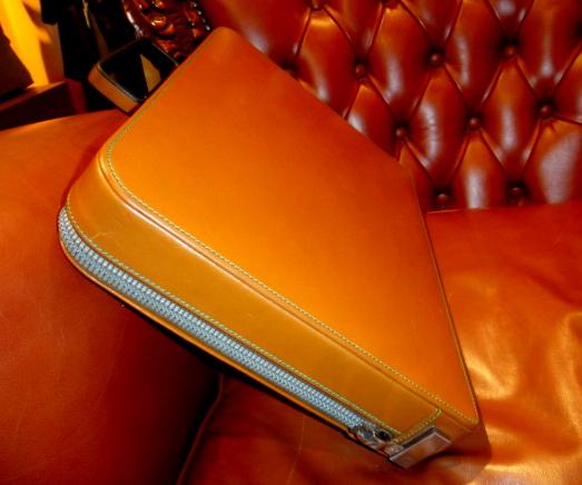 貴重45万円イタリア製【valextraバレクストラ】人気定番レザー本革アタッシュケース PREMIER 希少な橙色 ビジネスバッグ 鞄_画像6