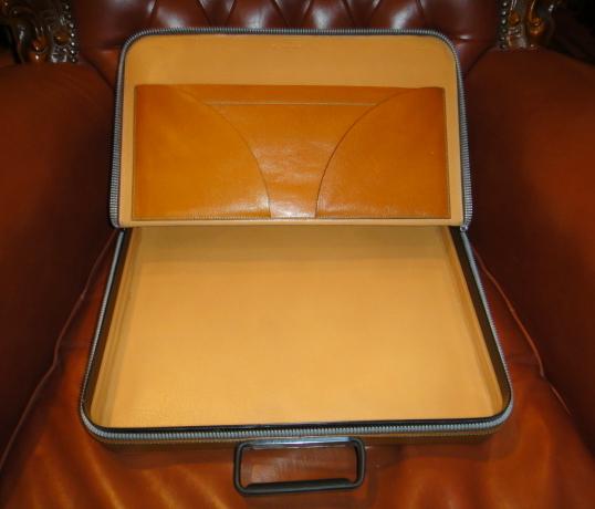 貴重45万円イタリア製【valextraバレクストラ】人気定番レザー本革アタッシュケース PREMIER 希少な橙色 ビジネスバッグ 鞄_画像9