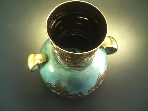 ペルー 青銅 銅 フラワー ベース インカの漁師 花器 花瓶 古代インカ帝国 マチュ ピチュ アルパカ ナスカ 地上絵 遺跡_画像2